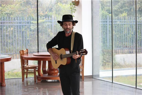 Australian customers play local folk songs to employees